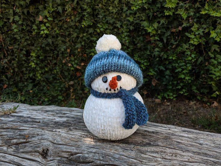 Loom Knit Snowman